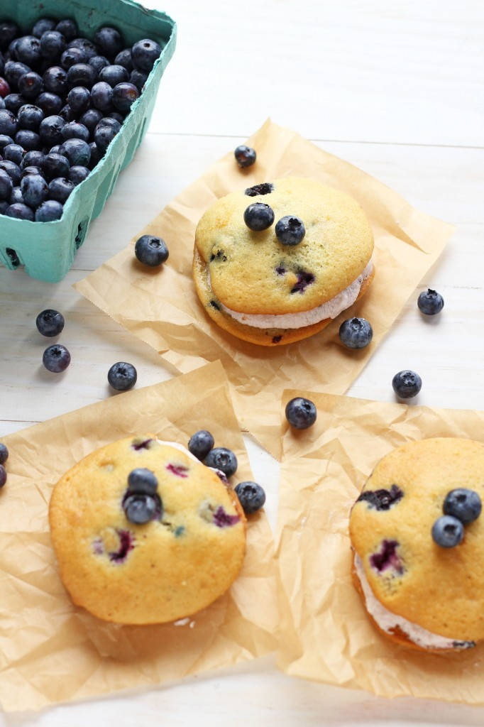 Old fashioned blueberry whoopie pies with blueberry whipped filling ...