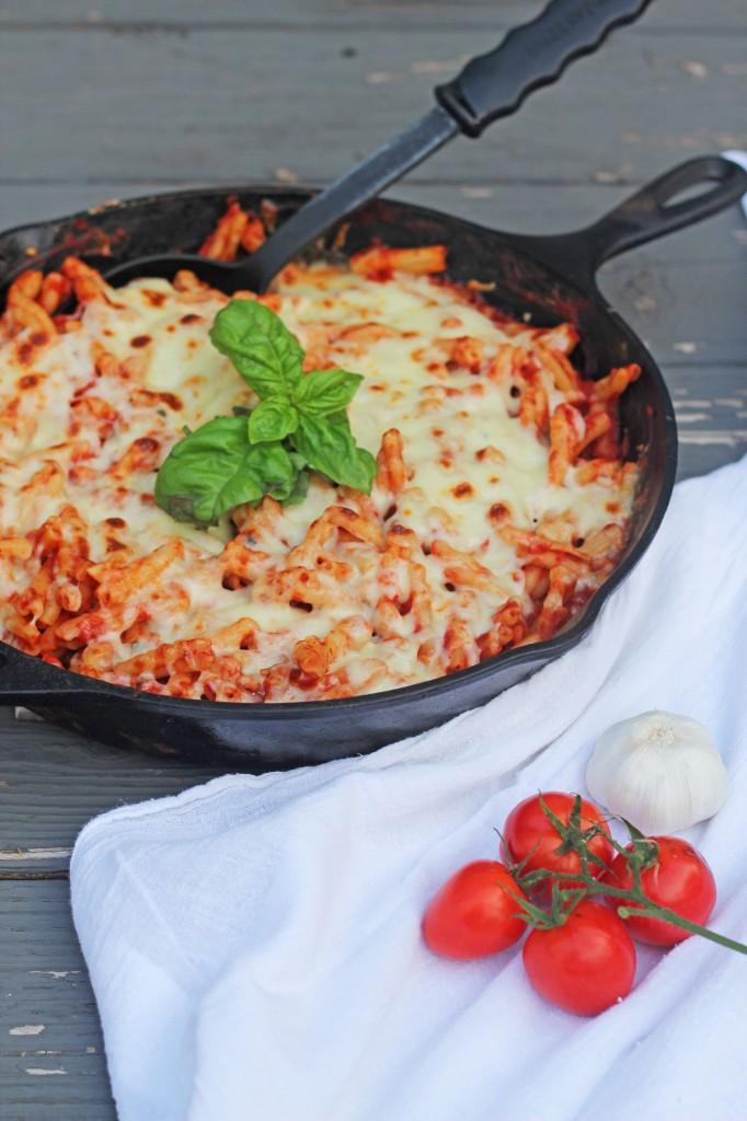 Cheesy skillet pasta2