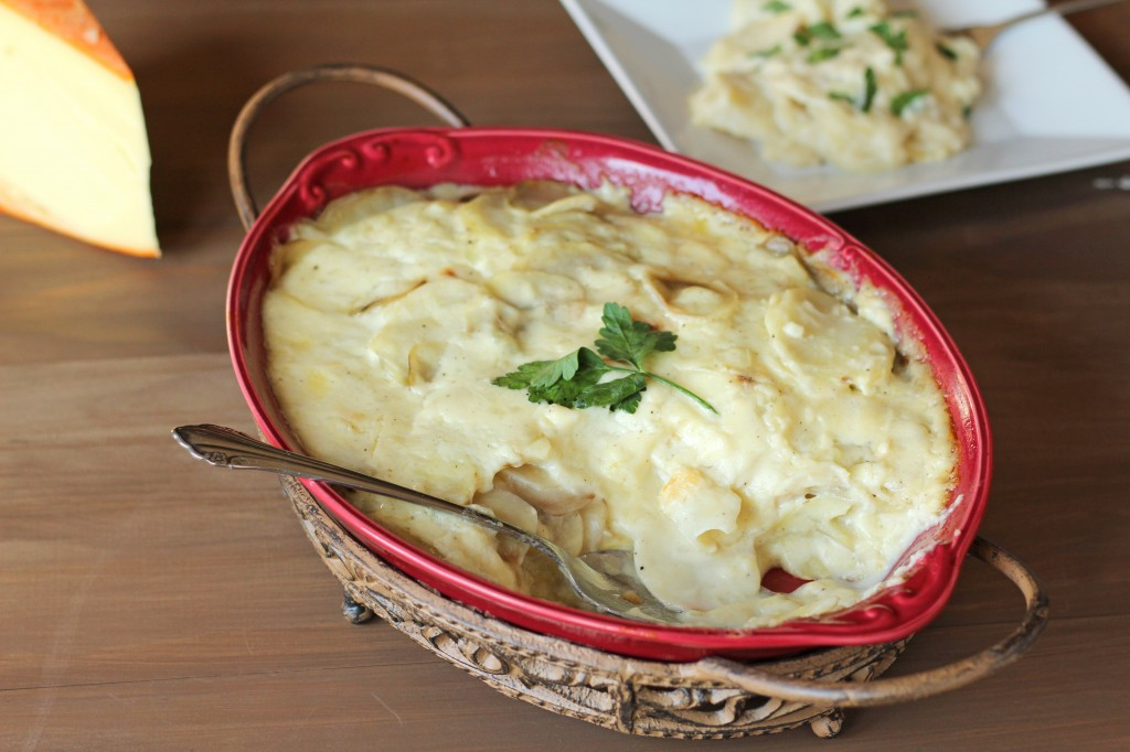 Cheesy Scalloped Potatoes | gatherforbread.com