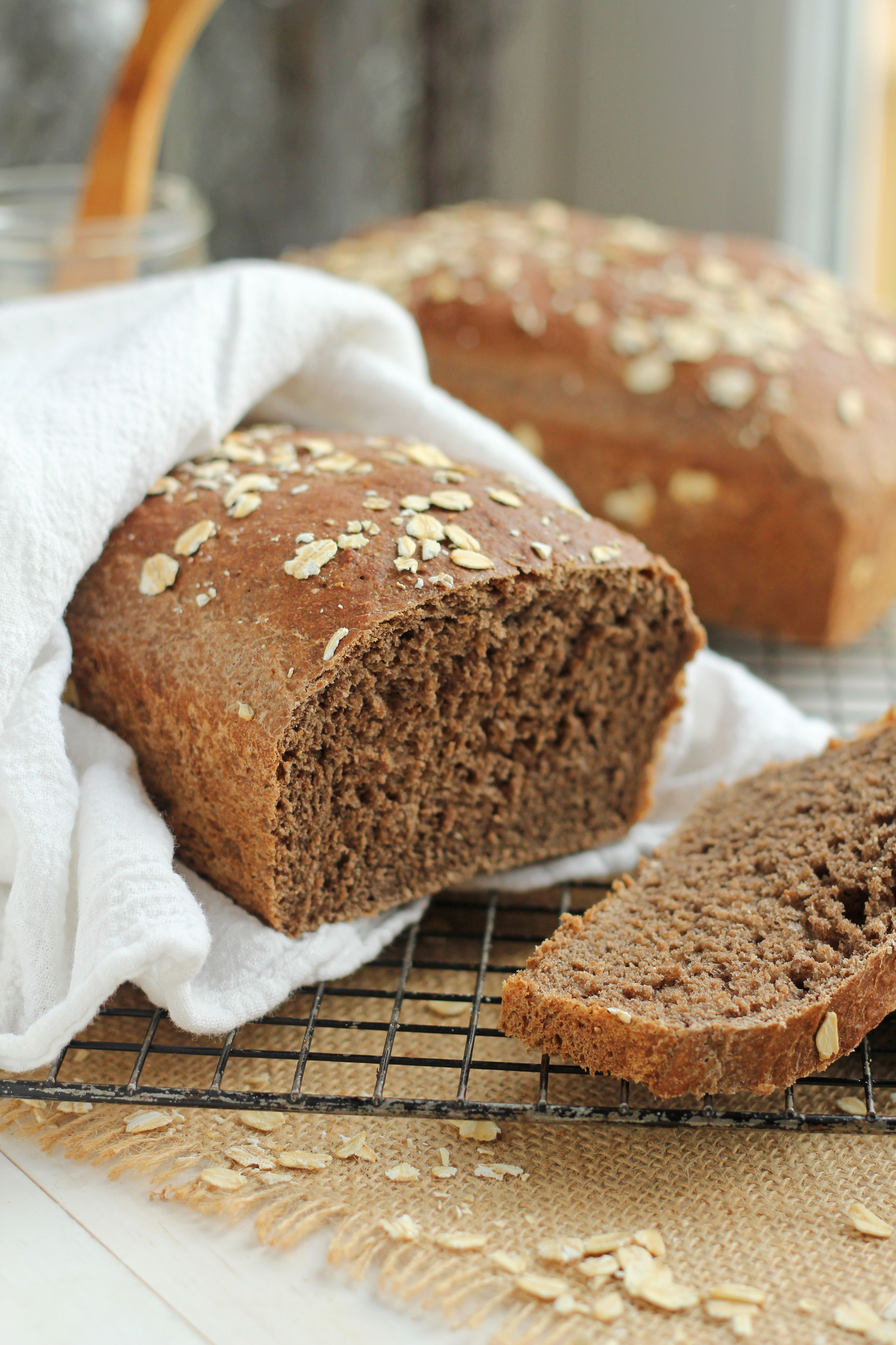 Outback Copycat Honey Whole Wheat Bread | gatherforbread.com