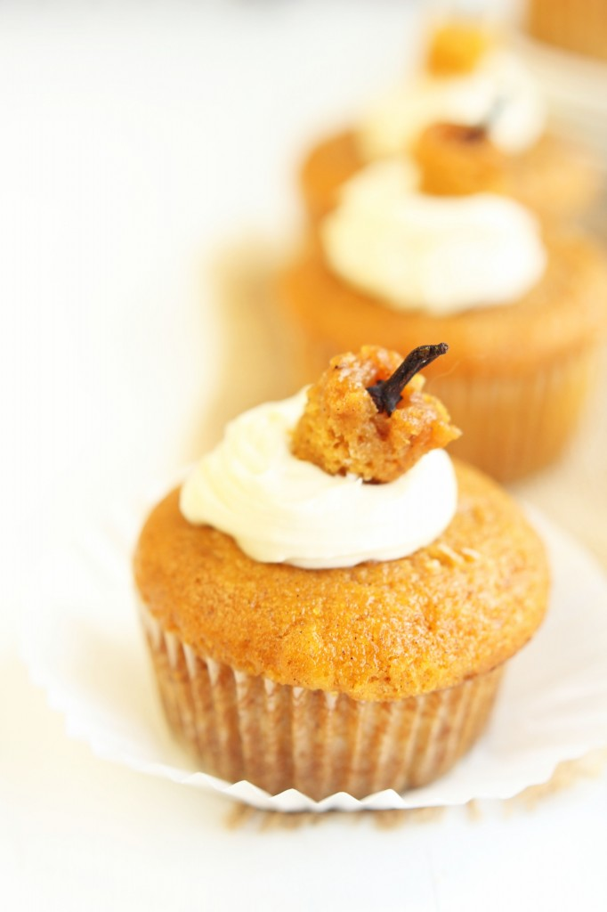 Cream Cheese Filled Pumpkin Cupcakes