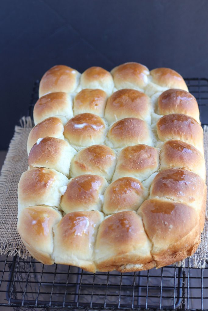 Light Tender Potato Dinner Rolls - Pull apart potato rolls recipe for light tender buns. Made with real potato and butter. Easy to make ahead and refrigerate overnight. Perfect for holidays, Easter Christmas.