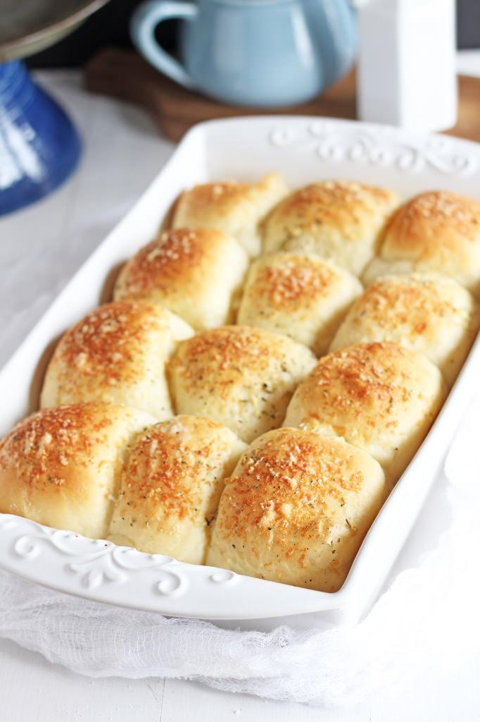 Buttery Garlic Parmesan Rolls