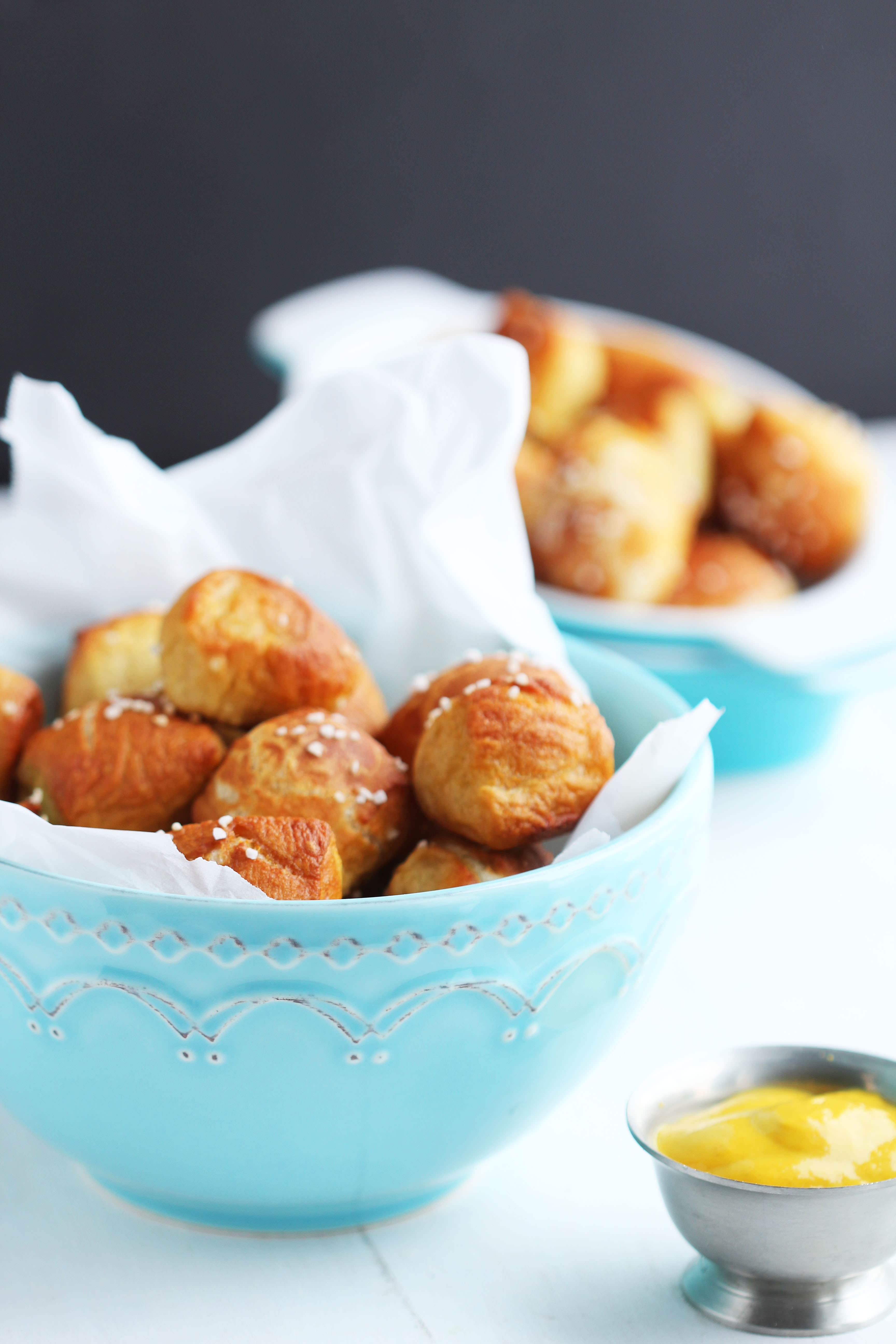 Soft Pretzel Bites - These perfect little dough balls are the perfect ...