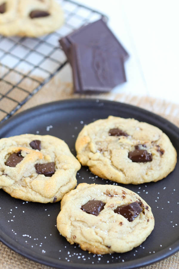 Salted Dark Chocolate Chunk Cookies – Soft and perfectly chewy ...