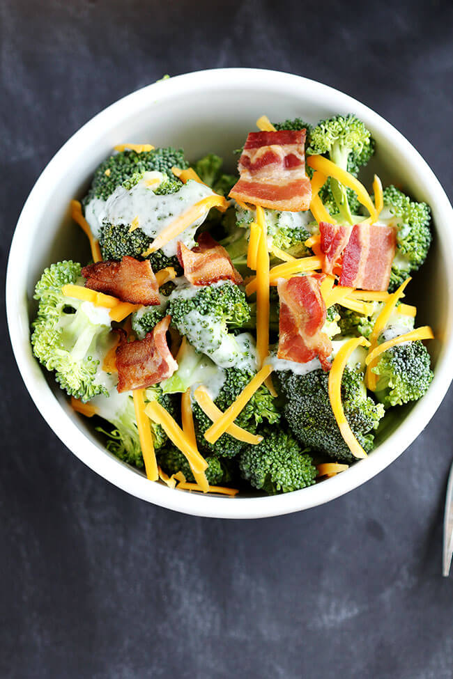Broccoli Bacon Salad recipe comes together quickly. Only 6 ingredients, ready to serve in minutes. Family favorite for picnic and dinner tables everywhere!