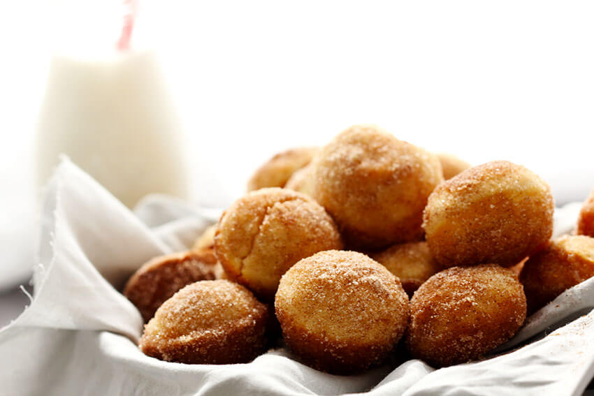 Cinnamon Sugar Mini Muffins // @gatherforbread