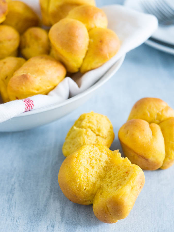 cheesy-pumpkin-dinner-rolls-photo