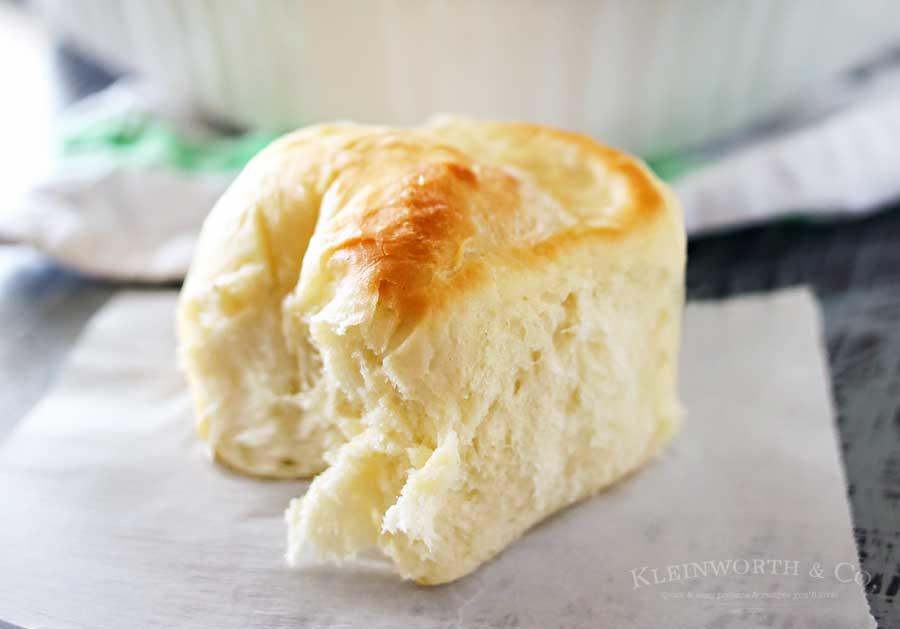 one-hour-dinner-rolls-900