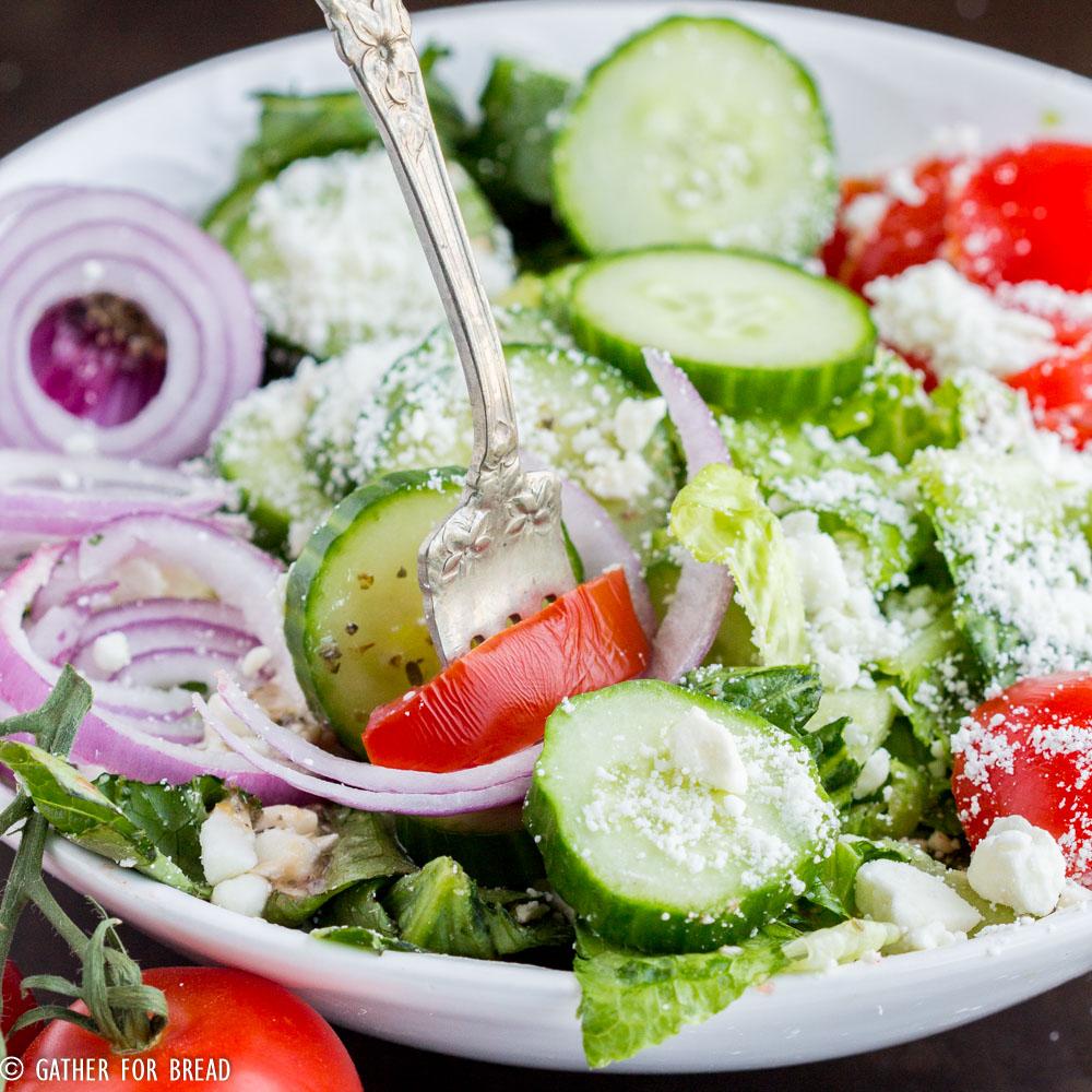 Mediterranean Style Diet Recipes: Easy Mediterranean Salad